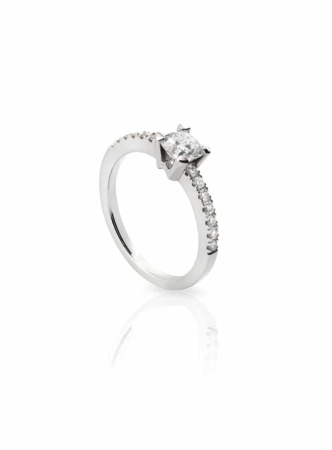 WESSELTON W-SOLITAIRE COLLECTION IN WHITE GOLD AND CUSHION DIAMOND-001