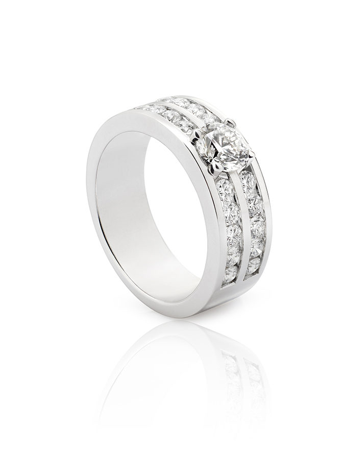 DOUBLE W-LINES RING WHITE GOLD AND DIAMONDS-001